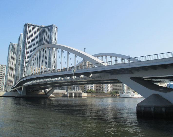 築地大橋【橋梁用防護柵】