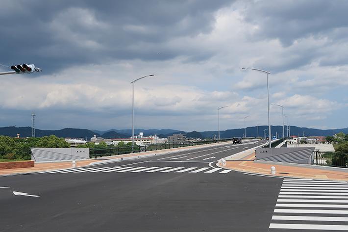 しらさぎ橋【橋梁用防護柵】