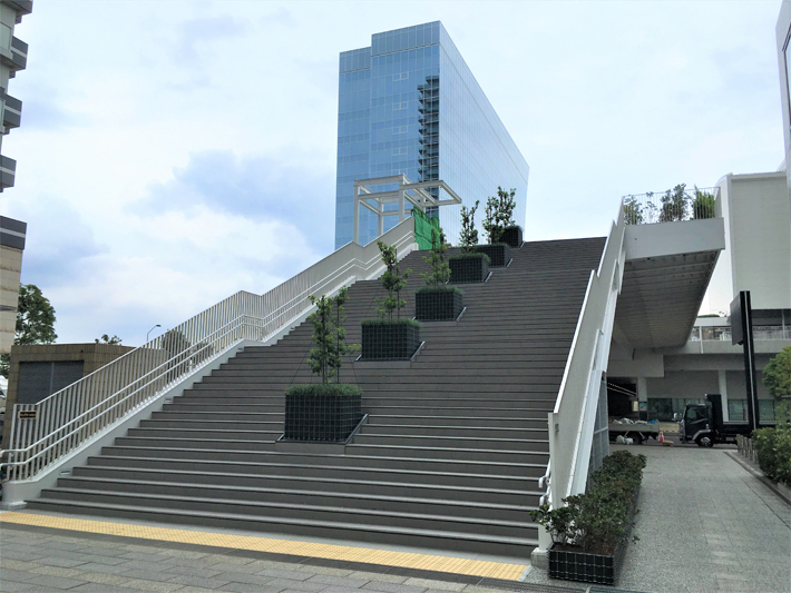 キングモール橋【橋梁用防護柵】