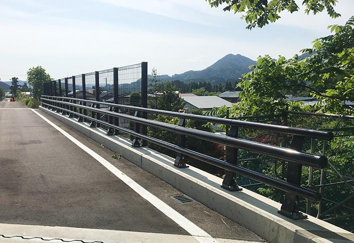 十二所跨線橋【橋梁用防護柵】