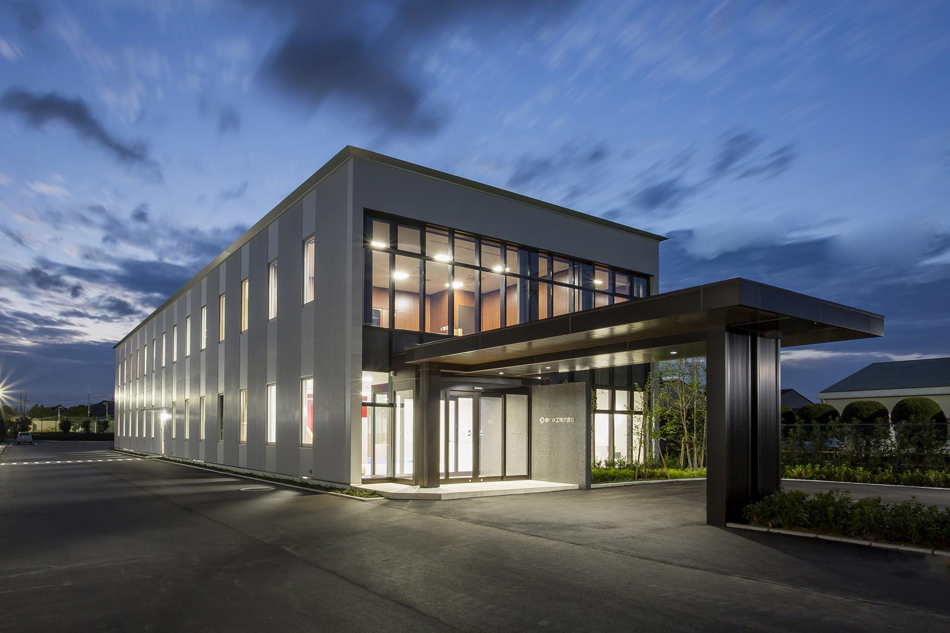 11月1日より本社を主力工場内に移転しました